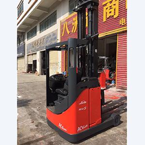 东莞市二手林德1.4吨座驾前移式电动叉车出租