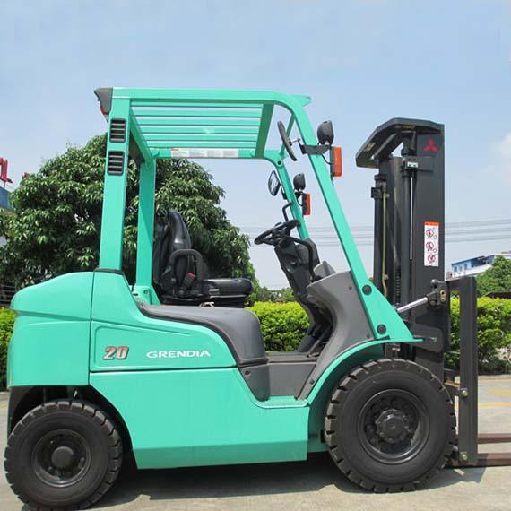 东莞市三菱2吨平衡重式柴油叉车出租【价格 价格一览表 多少钱一个月】