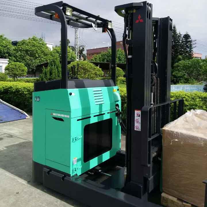 东莞市三菱1.8吨站驾前移式电动叉车出租【价格 价格一览表 多少钱一个月】