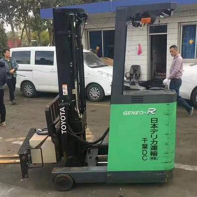 东莞市丰田1.3吨站驾前移式电动叉车出租【价格 价格一览表 多少钱一个月】
