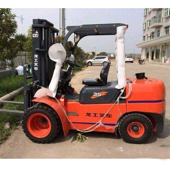 东莞市龙工3.5吨平衡重式柴油叉车出租【价格 价格一览表 多少钱一个月】