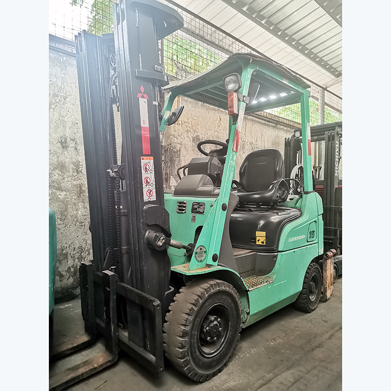 东莞市二手三菱1.5吨平衡重式液化汽油叉车出租
