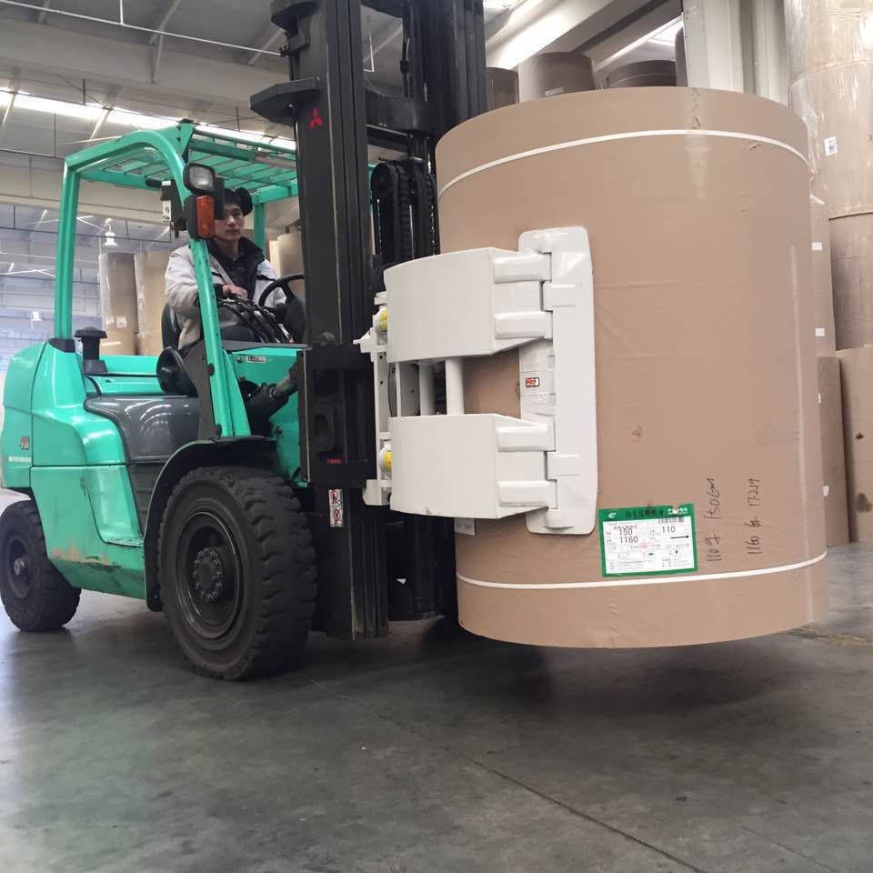 东莞市二手(纸卷夹)三菱3吨平衡重式柴油叉车出租